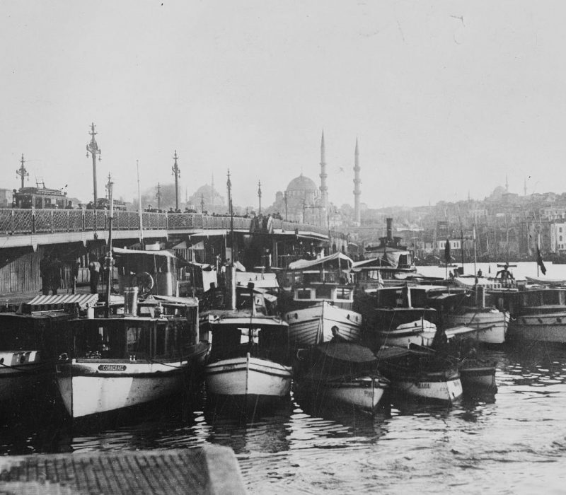 Galata Bridge Constantinople of Edmondo De Amicis